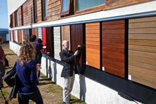 Ivor davies revestir un edificio con madera es f cil - Revestir paredes exteriores ...