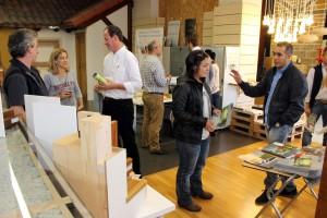Numerosos prescriptores quisieron conocer de primera mano las prestaciones de las ventanas de madera que se fabrican en la actualidad.