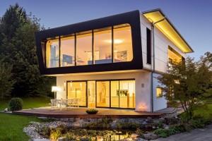 """Casa Ambienti +, diseñada y fabricada por Regnauer. Obtuvo el premio """"Golden Cube"""", en el año 2014"""