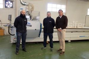 A la derecha Carlos Palencia, gerente de Comercial SIFER, junto a los responsables del área de mecanizado de tablero.