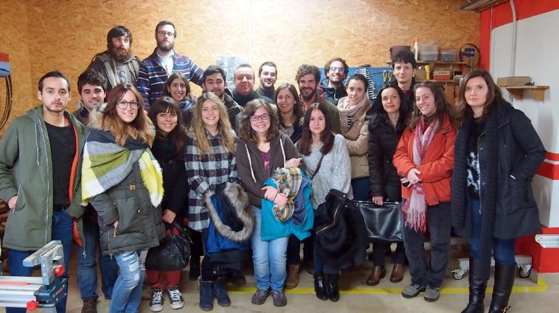 Alumnos y director de Máster en el Centro Tecnológico y Forestal de la Madera de Asturias.