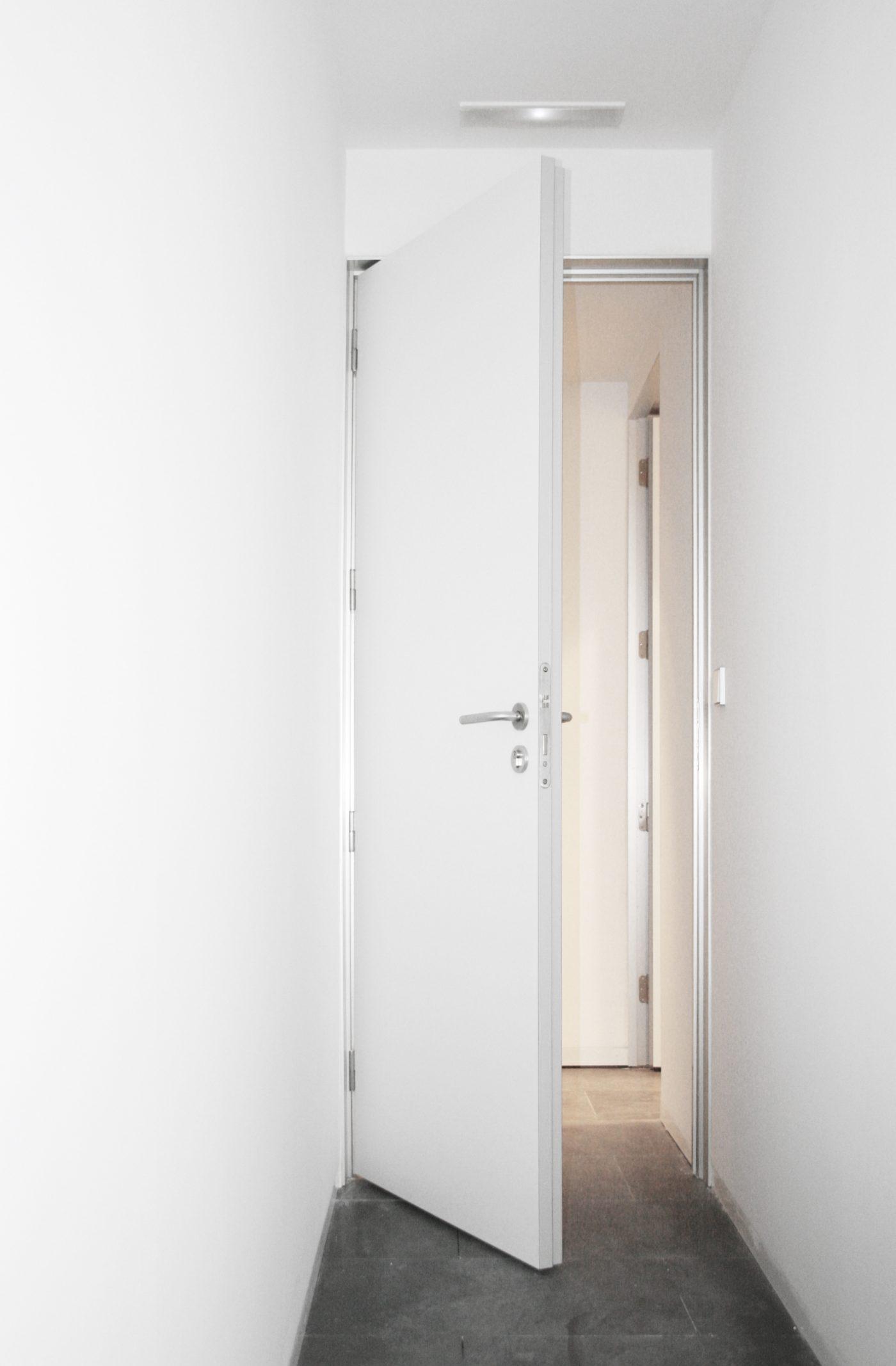 Puertas artevi lacadas en blanco top great limpiar - Puerta lacada en blanco ...